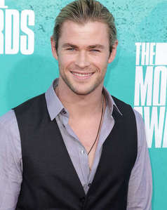 Hemsworth the happy hottie<3