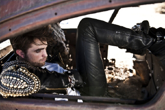 I love my hottie Robert's Italian Vogue photoshoot<3