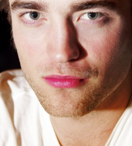 Pattinson's perfect,pink lips.I dream about those lips every night.<3
