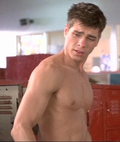 Yummy shirtless Matt <333333333