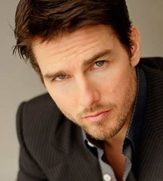 Tom Cruise is sexy with stubble
