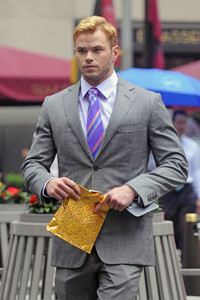 Kellan wearing a striped purple tie<3