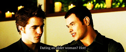 Kellan had some funny lines in the Twilight filmes that always made me laugh,like this one...<3