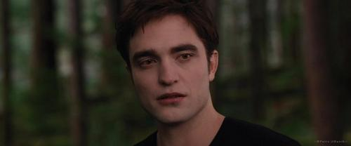 a screencap of my sexy vampire Edward from BD 2<3