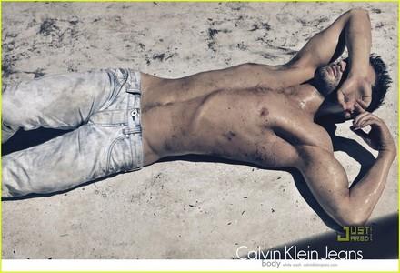 Jamie wearing Calvin Klein jeans<3