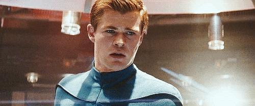 Chris Hemsworth crying:(