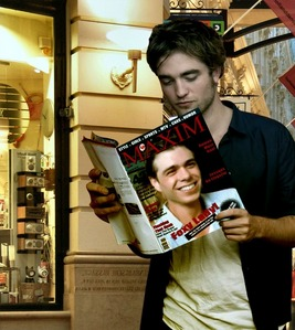 Rob Hottinson pagbaba a magazine with Matthew on the cover :)