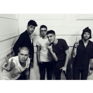 i really amor their new album it's great so far i like all the songs but my favorito! is still mostrar me amor that songs means something to me word of mouth is amazing the wanted forever <3