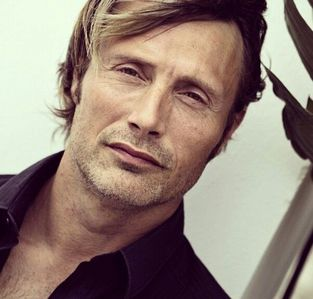 Mads Mikkelsen! I just think he's the most beautiful person I've ever seen! His hair, his eyes, his lips, his cheekbones! And that voice! <3