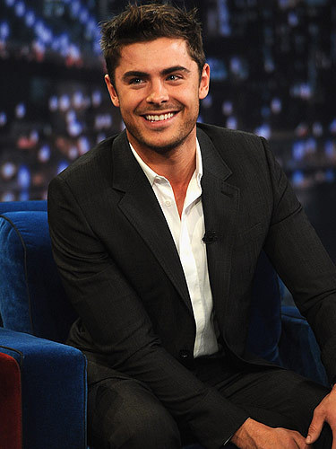 Zac with stubble <3