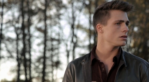 Colton Haynes is on Teen loup - Never watched it!