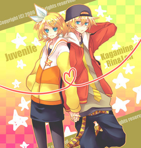 """my favourite song is """"JUVENILE"""" of rin and len kagamine"""