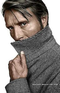 Mads Mikkelsen with turned-up 襟, 首輪 <3