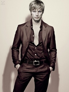 Bradley James <3 My fave pic of him