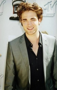 his smile lights up my heart<3