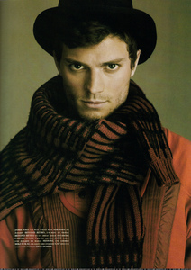 Jamie wearing a scarf <3
