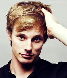 Bradley James is so adorable :3