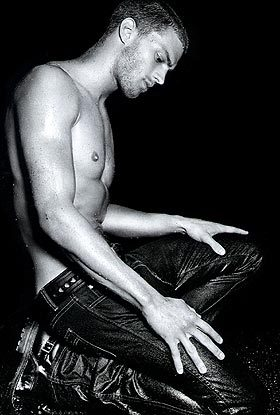 my sexy Irish man,Jamie kneeling down<3