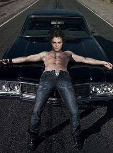 a hot,sexy manip of my Robert Hottinson<3