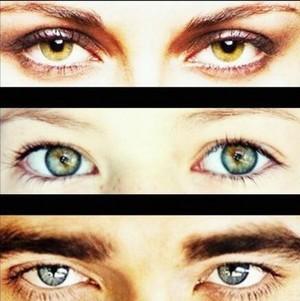 Kristen Stewart's,Mackenzie Foy's and my handsome Robert's eyes<3