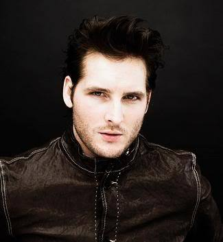 Peter Facinelli is hot,but not in my top, boven 10<3