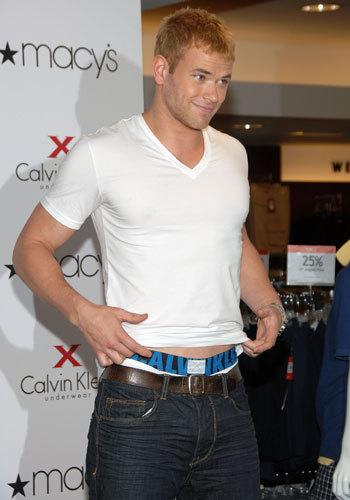 Kellan wearing jeans<3