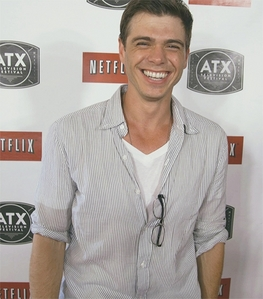 My adorable Matt with a big smile <333333