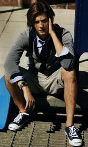 Ben Barnes wearing multiple layers <3