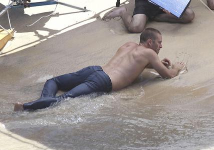 Paul Walker in denim jeans<3
