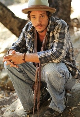 I think he's hot! ;) Michael Raymond-James <3