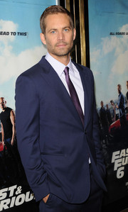 Paul in a suit at the Fast&Furious 6 premiere<3