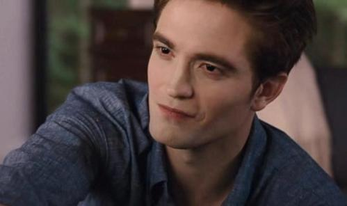 Robert in a scene from BD part 1 looking up at Bella<3
