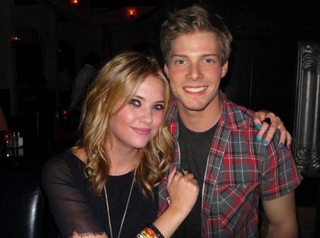 Hunter Parrish & Ashley Benson