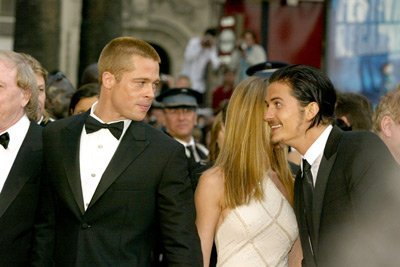 Orlando Bloom and Brad Pitt<3