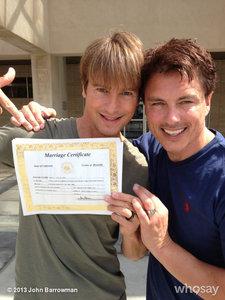 The दिन that John and Scott got married<3