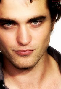 he's so beautiful it hurts<3