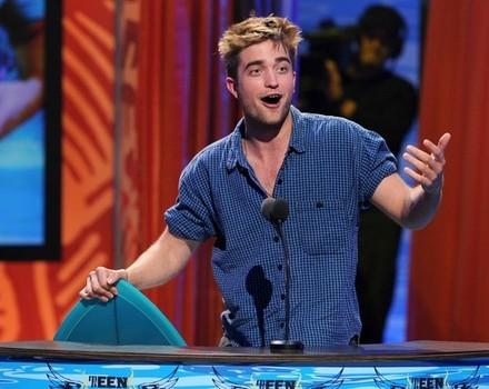 Robert looking surprised<3
