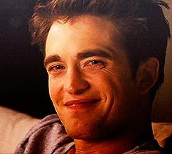 Edward's sexy vampire grin<3