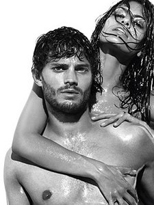 Jamie shirtless...FAINTS<3