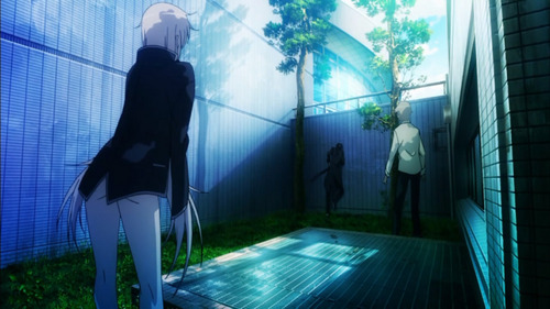 Kuroh running into a 벽 becuase of Neko -3- (he's the one in the WALL) ANIME---K