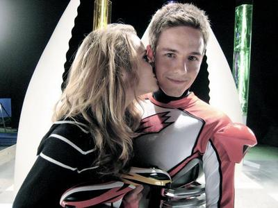 Anna kisses Jason Smith ♥ ♥ ♥