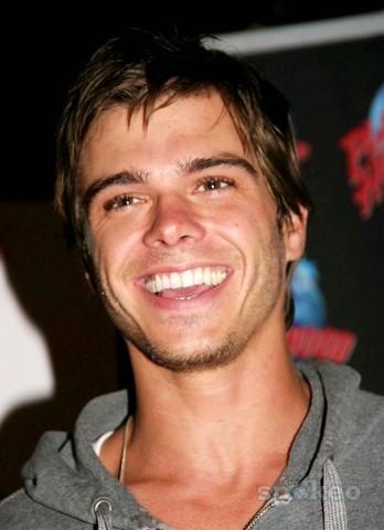 Matthew with beautiful white perfect teeth <3333333333
