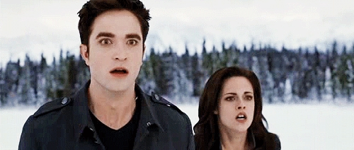 Robert and Kristen in BD 2 looking shocked سے طرف کی what Aro did.Those who have seen BD 2 know what I'm talking about<3