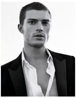 Jamie with short hair<3