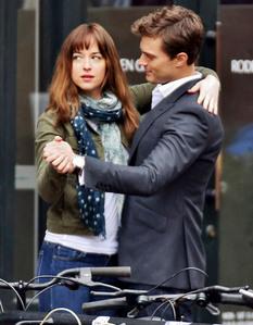 Jamie and his Fifty Shades of Grey leading lady,Dakota Johnson<3