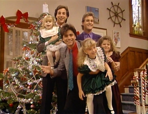 My پسندیدہ episode is from season 2: Our very first Christmas show. because Jesse and Rebecca had their first kiss under the mistletoe and how Stephanie gets a surprise from Santa at the end and the lost gifts are present.