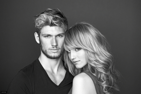 Alex Pettyfer & his ex girlfriend Dianna Agron <3