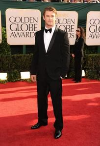 my yummy Aussie,Chris looking very handsome in a tuxedo<3
