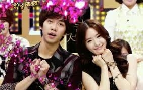 January 1st, 2014 Yoona and Lee Seung Gi confirmed to be in a relationship.