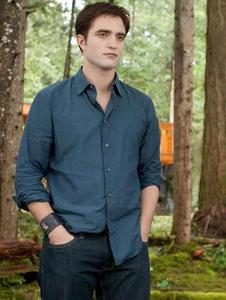 my handsome Robert as Edward wearing a wrist cuff<3